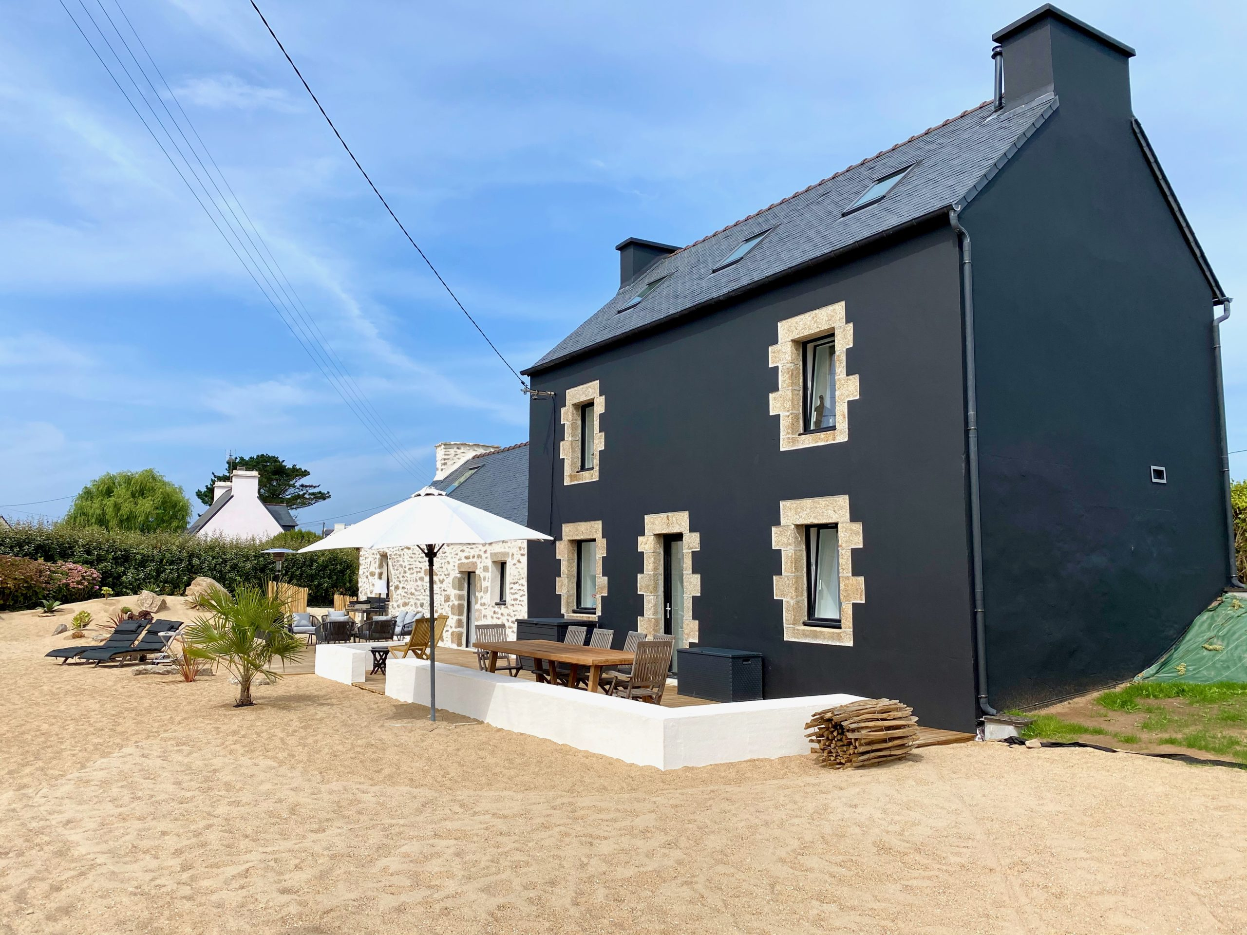 Large house to rent in Brittany